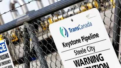 Keystone XL pipeline route approved in win for Trump