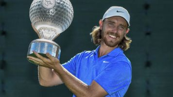 Fleetwood rallies from 6 shots back to win