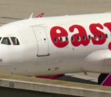 EasyJet cuts jobs; Norwegian Air losses deepen