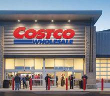 Is Costco Wholesale Corporation (NASDAQ:COST) Popular Amongst Institutions?