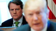 Un abogado de la Casa Blanca coopera desde hace meses con la investigación rusa - NYT