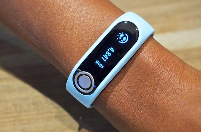 TomTom's new fitness tracker can analyze your body composition