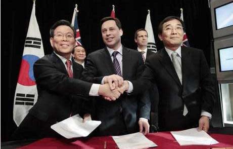 Ontario and Samsung seal $6.7 billion renewable energy deal
