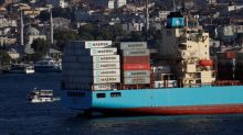 Maersk expects tailwind to last amid high demand for containers