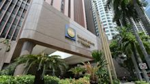 Singapore central bank keeps policy unchanged