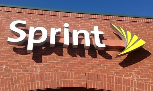 Sprint activates free data roaming in six more countries