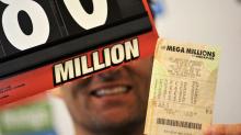 Geteilte Freude: Mann muss Mega-Lottogewinn mit Ex-Frau teilen