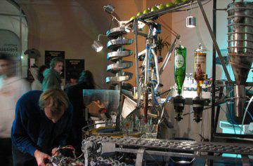 Bots play bartender at Roboexotica Festival in Vienna