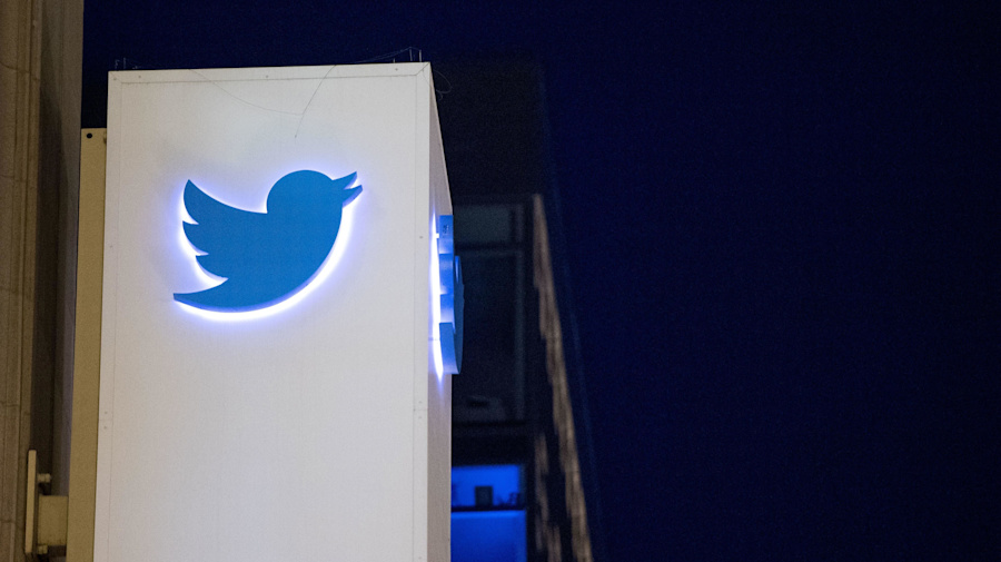 How an alleged Twitter hacker spread a scam