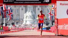 Farah unhappy with marathon staff despite record-breaking result