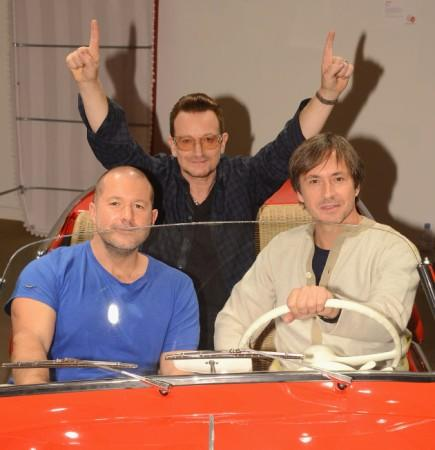 Apple hires famed industrial designer Marc Newson to work with Jony Ive
