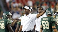 Official: Oregon hires USF coach Willie Taggart