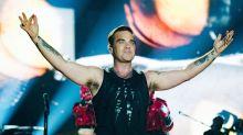 Robbie Williams didn't sleep with four Spice Girls, btw