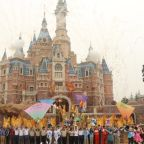 China coronavirus: Shanghai Disneyland shutting down over deadly outbreak