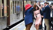 Momento espontáneo para Kate Middleton