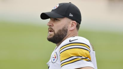 Big Ben being tested by new Steelers playbook