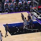 Alex Len with a dunk vs the Sacramento Kings