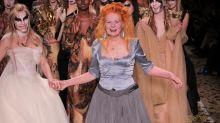 Vivienne Westwood, la styliste punk britannique prend ses quartiers au Musée des tissus de Lyon