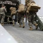 Pentagon to send 1,000 troops to Middle East