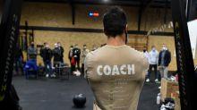 """""""Il faut faire front face au gouvernement"""" : en Île-de-France, des gérants de salle de sport refusent de fermer malgré les nouvelles restrictions anti-Covid-19"""
