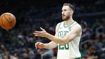 Hayward expected to miss 6 weeks after surgery