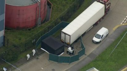 39 bodies found in semitruck trailer in England