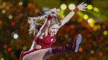 Botas de cristais que Shakira usou no Super Bowl custam R$ 85 mil