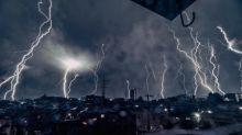 【有圖有片】日本超靚雷電相 近距離微細構造?