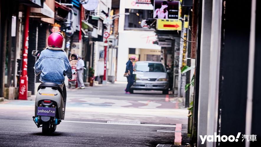綠牌協奏曲!輕巧短程代步車2021 PGO Ur2 Plus台北城郊試駕! - 12