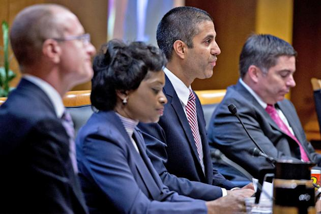 US government will investigate fake net neutrality comments