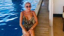 Laura Bozzo posa en bikini a sus 67 años y le llueven comentarios crueles en redes sociales