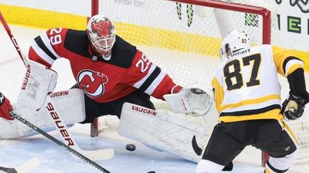 Devils fall 5-2 to Penguins as record continues to plummet