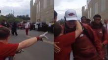Emotivo gesto de un equipo de fútbol americano se viralizó en Facebook