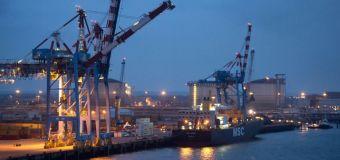 France seeks halt to talks on EU-US trade deal
