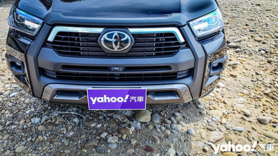 萬鈞之勢要輾壓的不只是惡地!2020 Toyota Hilux 2.8小改款西岸濱海試駕! - 5