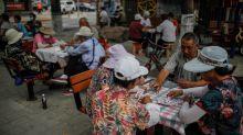 """China registra 9 nuevos casos de coronavirus, todos ellos """"importados"""""""
