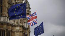 Brexit deadline looms; Trump & Deutsche Bank