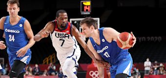 U.S. Men's Basketball Team Advances to Olympic Quarterfinals as Kevin Durant Sets New Scoring Record