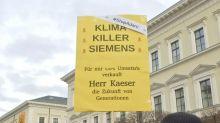 Adani coalmine: Siemens won't quit contract