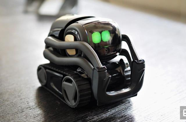 Anki's Vector robot brings us one step closer to 'Star Wars' Droids