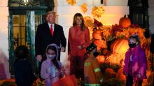 US Prez Donald Trump, First Lady Melania Mark Halloween at White House Keeping in Mind the Pandemic