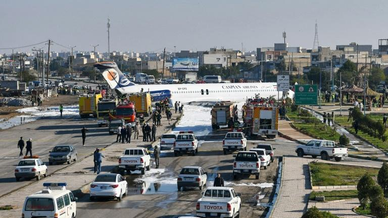 Iran plane ends up on highway after pilot 'misses' runway