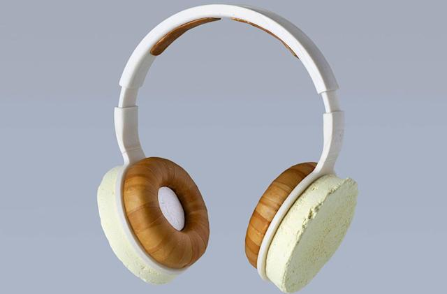 Fungus headphones offer a glimpse at the renewable future of electronics