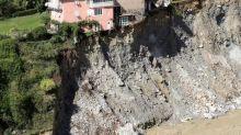 Intempéries dans les Alpes-Maritimes: le traumatisme des rescapés, l'inquiétude des proches