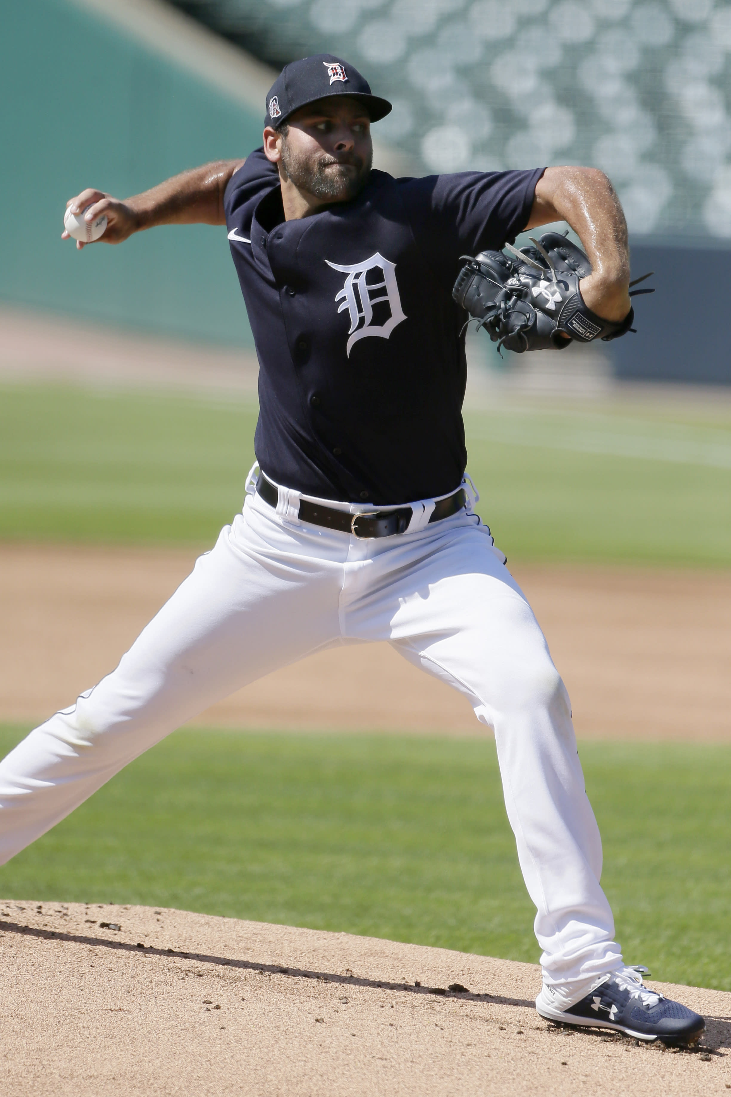Fulmer Back On Mound During Tigers 1st Workout At Comerica