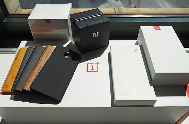 Engadget giveaway: Win a OnePlus 3 smartphone with all the add-ons!