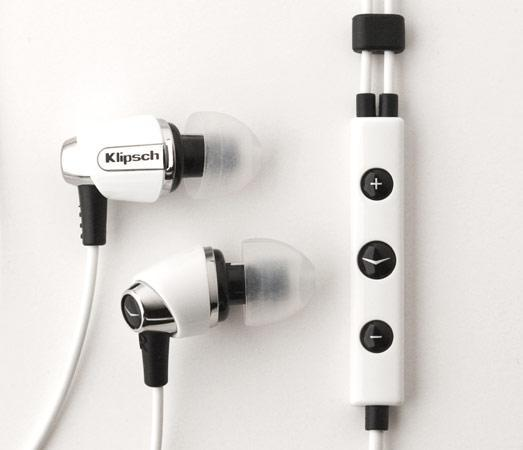 Klipsch's black / white Image S4i and S4 earbuds filtering out to stores