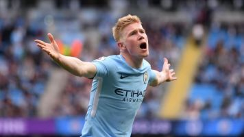 Kevin De Bruyne out for up to three months as Manchester City star suffers serious knee injury