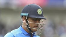 Legend Gavasker calls for Dhoni to bow out
