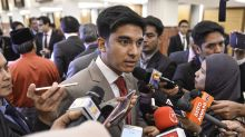 Youth minister disapproves of UM protest, but warns against revoking activist's degree